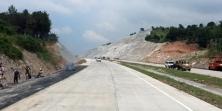 Pemerintah Bangun Jalan Akses Truk ke Pelabuhan di Palembang